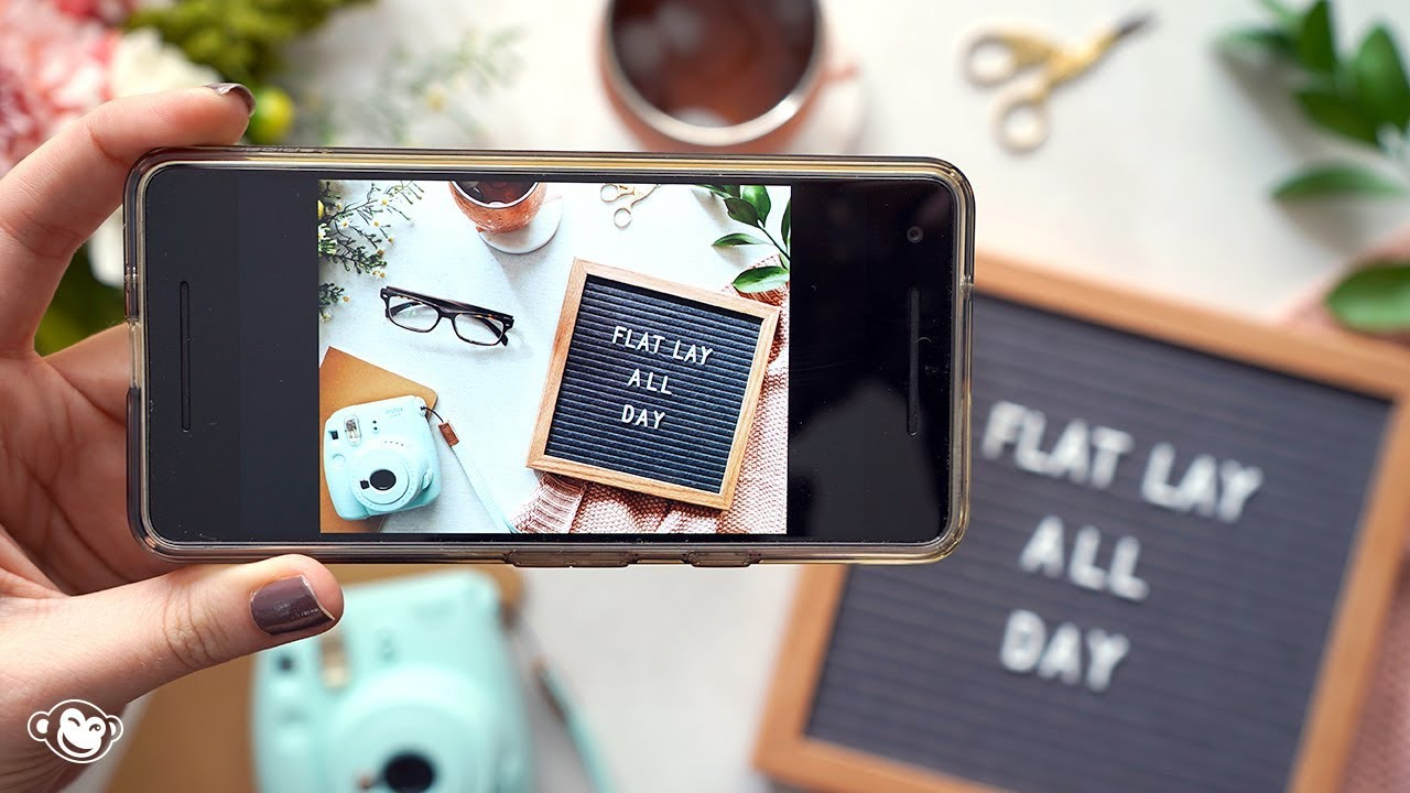 How to create perfect Flat Lay photos for commercial Instagram accounts?